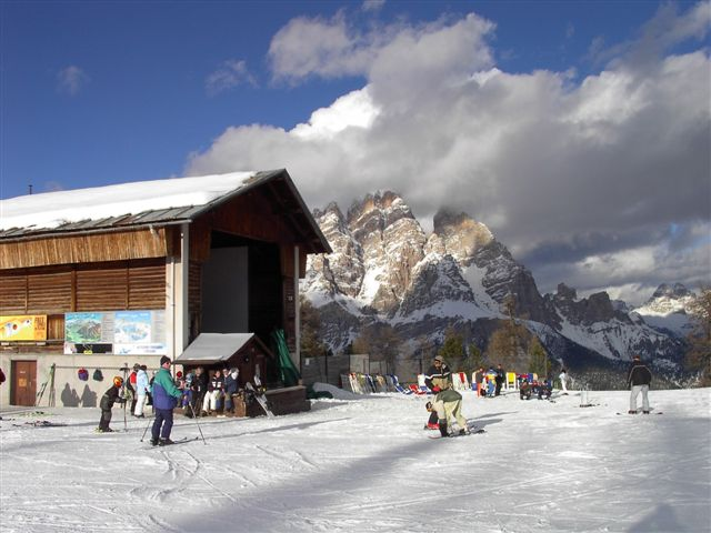 Rental business in Cortina dAmpetstso